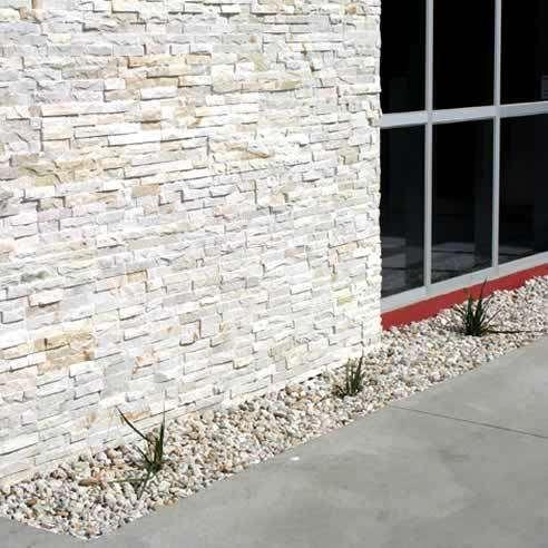 parede com pedras naturais